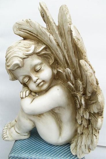 Schlafender Engel
