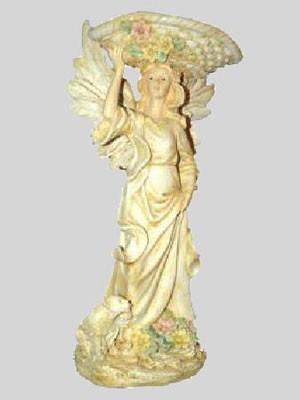Engel haltet Korb mit einer Hand - Variante 7
