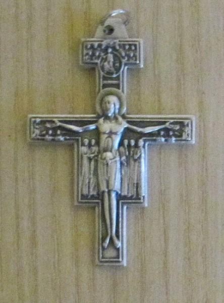 Franziskuskreuz aus Metall